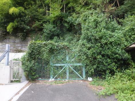 有馬系統横須賀水道みち・鎌倉市植木隧道出口