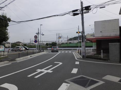 有馬系統横須賀水道みち・柏尾川付近