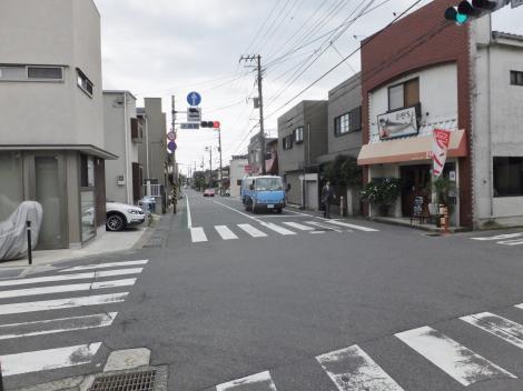 鎌倉市材木座・水道みち交差点
