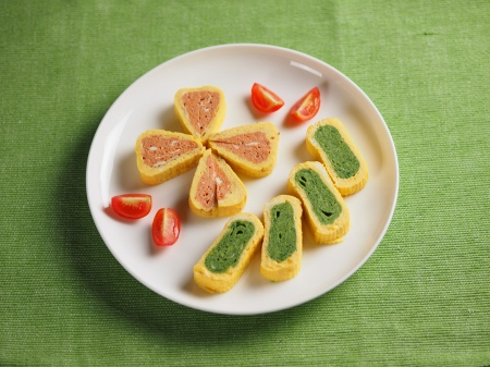 トマトとほうれん草の玉子焼き18