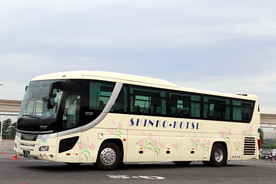 新潟新興交通 い1103