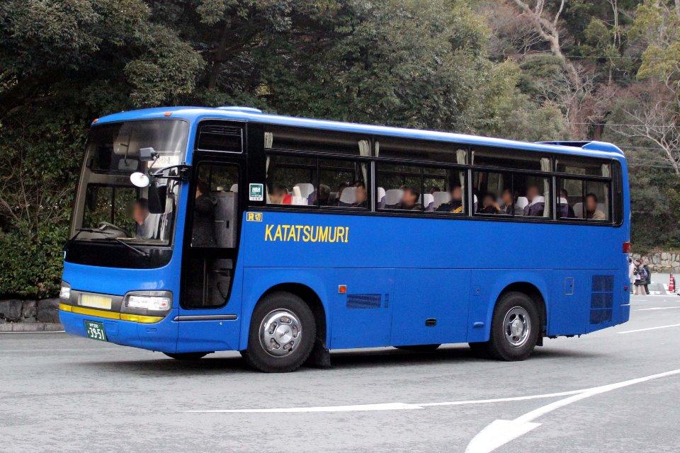 かたつむりバス か3951
