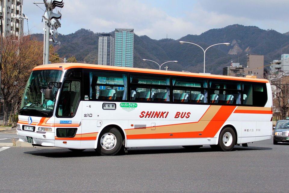 神姫バス 5132