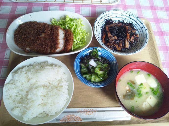 140914-09_トンカツ定食