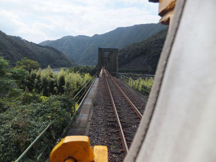 141012-24_鉄橋