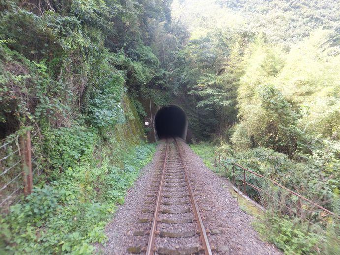 141012-25_トンネル