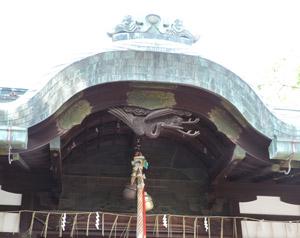 茨木神社本殿blog01