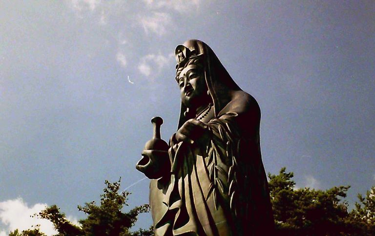 観音菩薩像-3