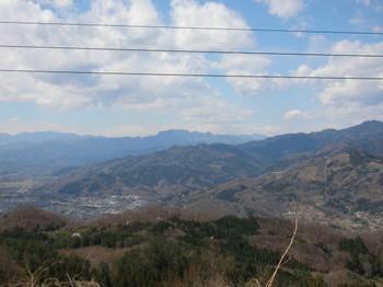 展望台から両神山