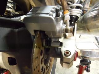 Mフロント足回り修理ブレーキ (17)