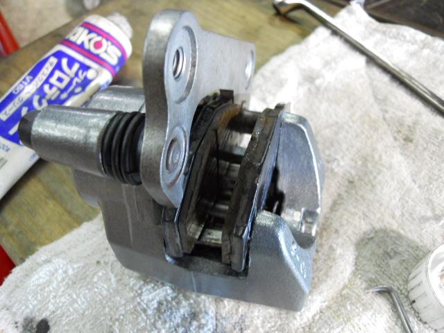 Mフロント足回り修理ブレーキ (14)
