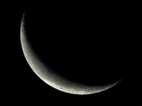 二十六夜(撮影:『α6000』×『ミラーレンズ800mm F8 DX』)