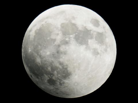 【皆既月食2014年10月08日】18時03分