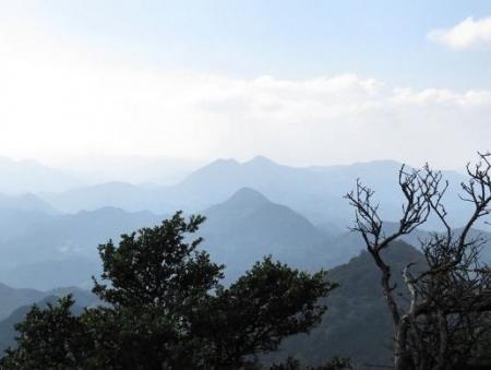 御前岳へ登る 157