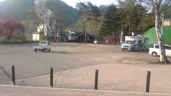 うなぎの湯駐車場 (600x337)