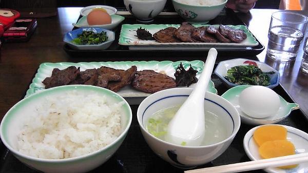 牛タン定食 (600x337)