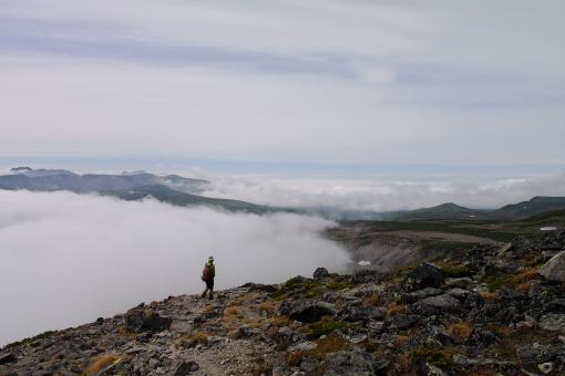 いつかは雲海を歩いて高根ヶ原へ
