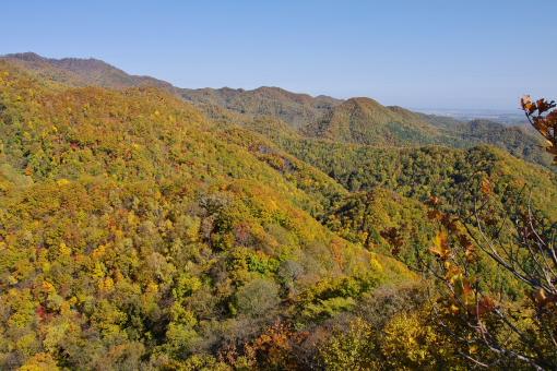 山頂から北東側の眺め