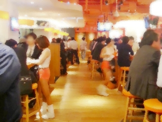 HOOTERS GINZA (2)