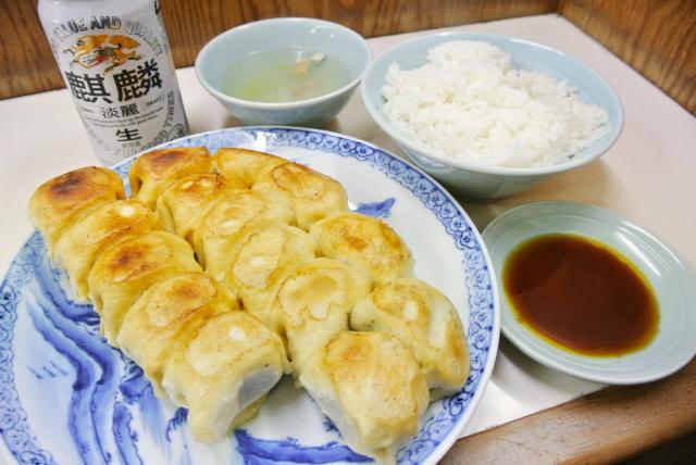 ホワイト餃子 鴻巣店 (2)