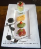 鮪のカルパッチョ、青海苔、木耳フリット・マイクロトマトのせ、フォワグラとチーズの最中、生ハムとザクロ