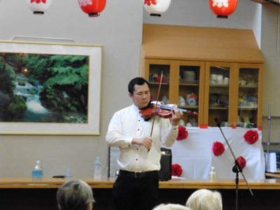 バイオリン奏者