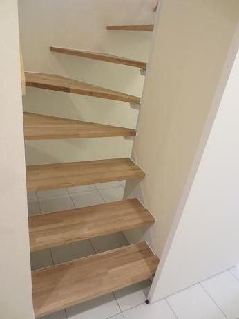 下北沢1階階段