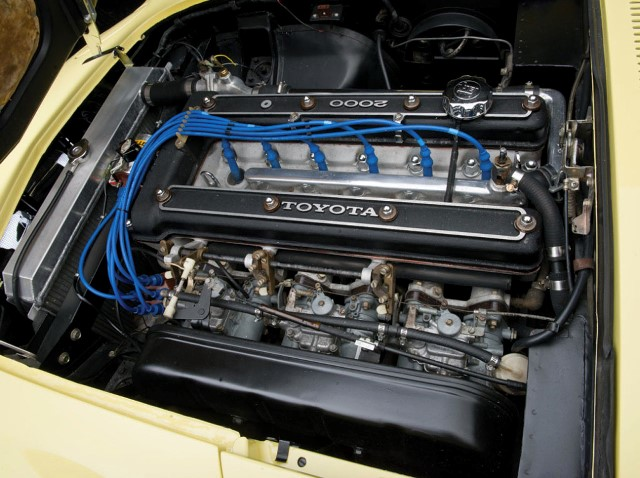 004-1967-toyota-2000gt.jpg