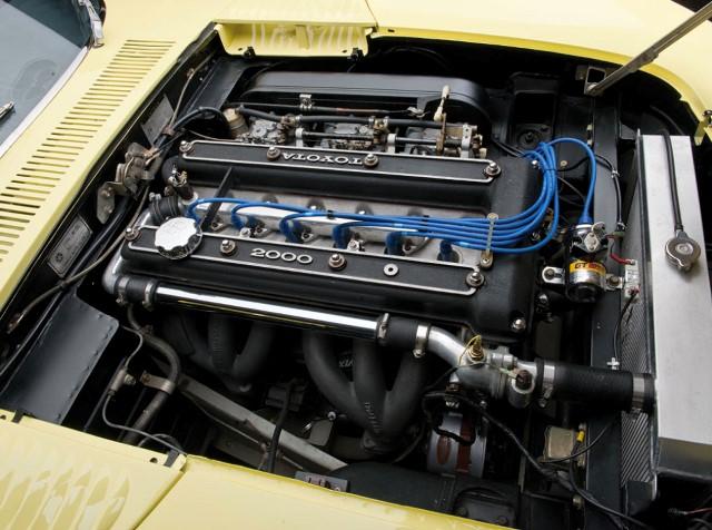 005-1967-toyota-2000gt.jpg