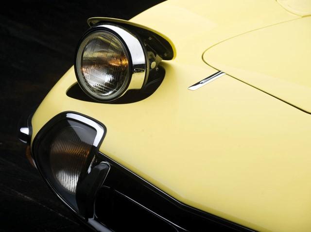 007-1967-toyota-2000gt.jpg