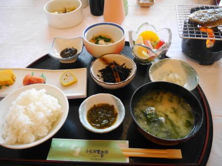 小松屋渚館 朝食