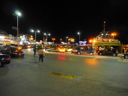 ラフィーナ港の夜