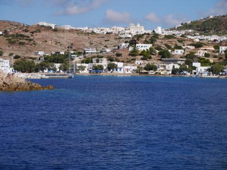 キモロス島の港