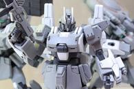 HGBF-ガンダムEz-SRの彩色試作の展示t