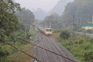 下り電車(2)