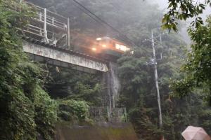 トンネル通過(1)