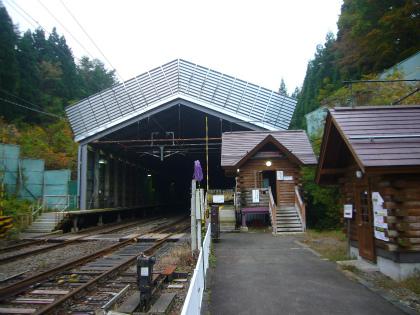 板谷駅06
