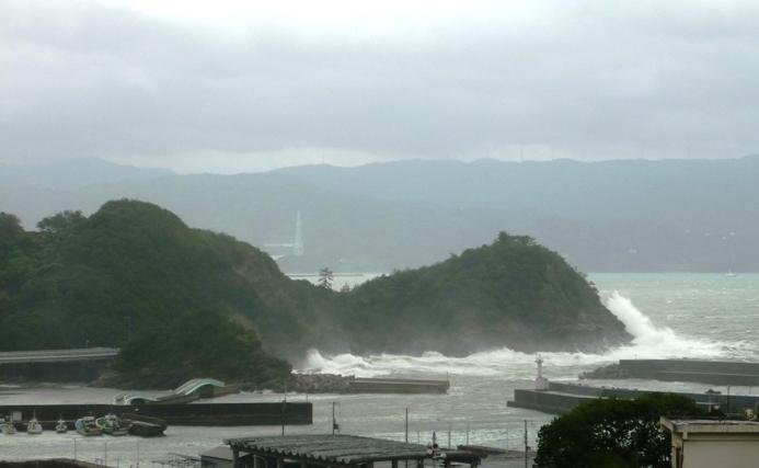 taifu2_20140811122308d48.jpg
