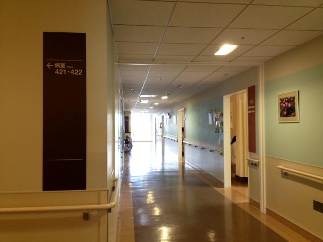 早朝の病棟