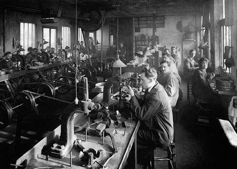 Rue de Choiseul, the lapidaries' and diamond setters' workshop, 1928_hb