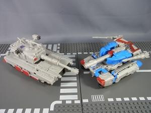 トランスフォーマークラウド スタースクリームと比較もの9007