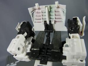 トランスフォーマー マスターピース MP-20 ホイルジャック ビークルモード031