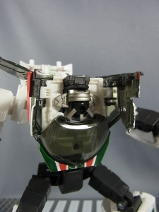 トランスフォーマー マスターピース MP-20 ホイルジャック ビークルモード038