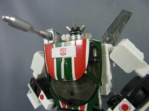 トランスフォーマー マスターピース MP-20 ホイルジャック ロボットモード010