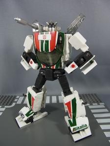 トランスフォーマー マスターピース MP-20 ホイルジャック ロボットモード011