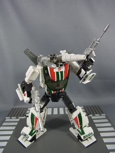 トランスフォーマー マスターピース MP-20 ホイルジャック ロボットモード021