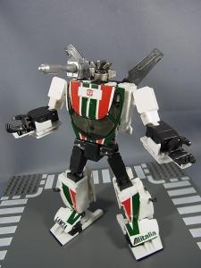 トランスフォーマー マスターピース MP-20 ホイルジャック ロボットモード024