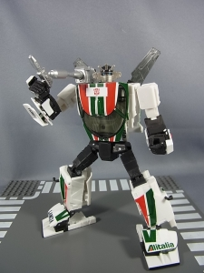 トランスフォーマー マスターピース MP-20 ホイルジャック ロボットモード036