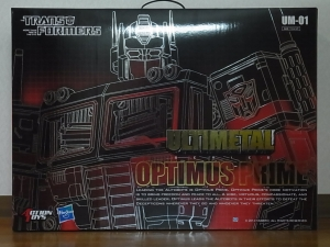 ULTIMETAL UM-01 OPTIMUS PRIME 01 FIGURE004