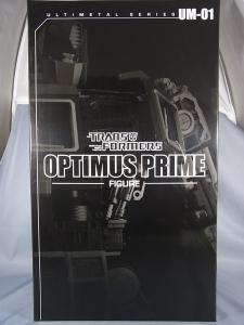 ULTIMETAL UM-01 OPTIMUS PRIME 01 FIGURE012